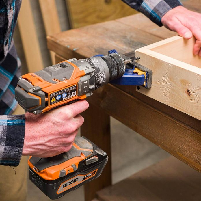 assembling box for cornhole boards