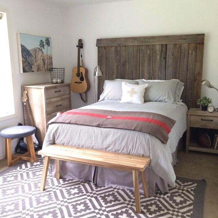beachy-vibe-bedroom-decor