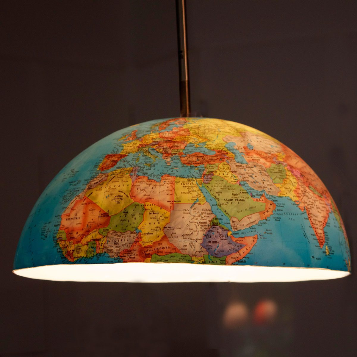 globe light pendant