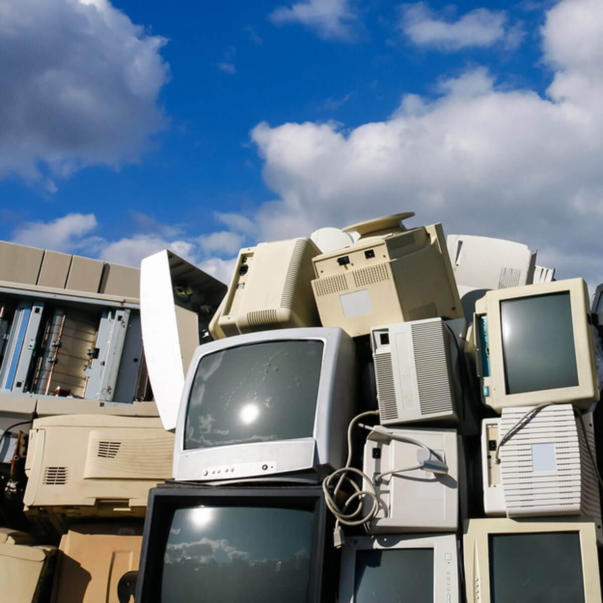 10 Things You Should Know About Recycling Electronics The Family Recycle Circuit Boards Concept Of Electronic Junk Waste For Or Safe Disposal