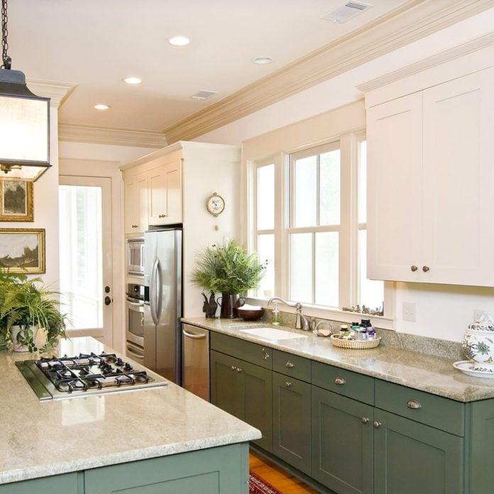 shutterstock_45342838 kitchen cabinet trim