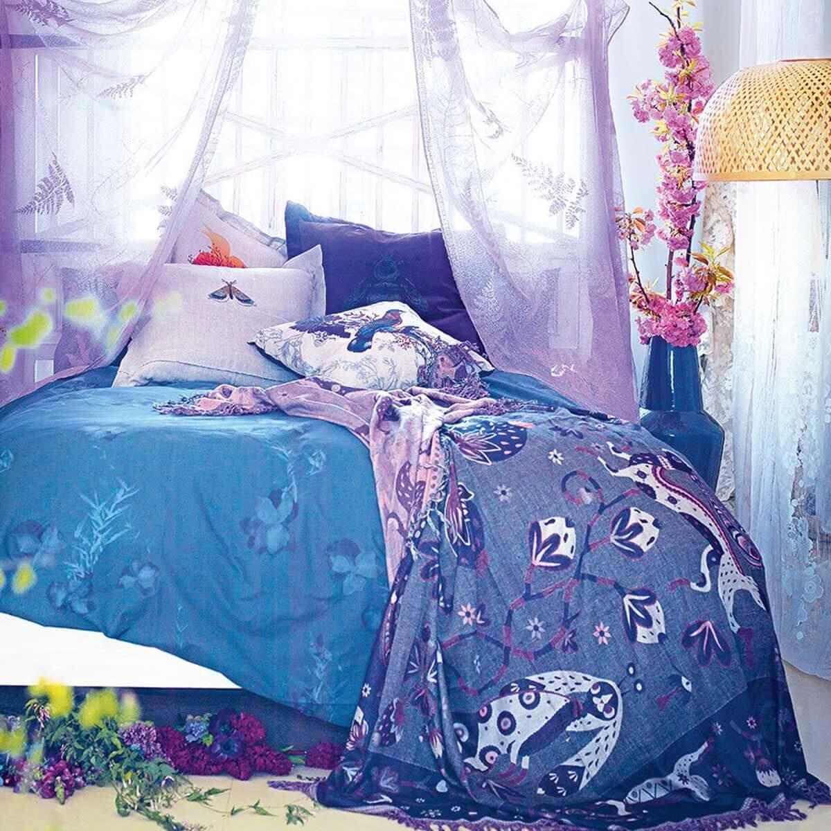 simon-bevan-purple-bedroom-boho