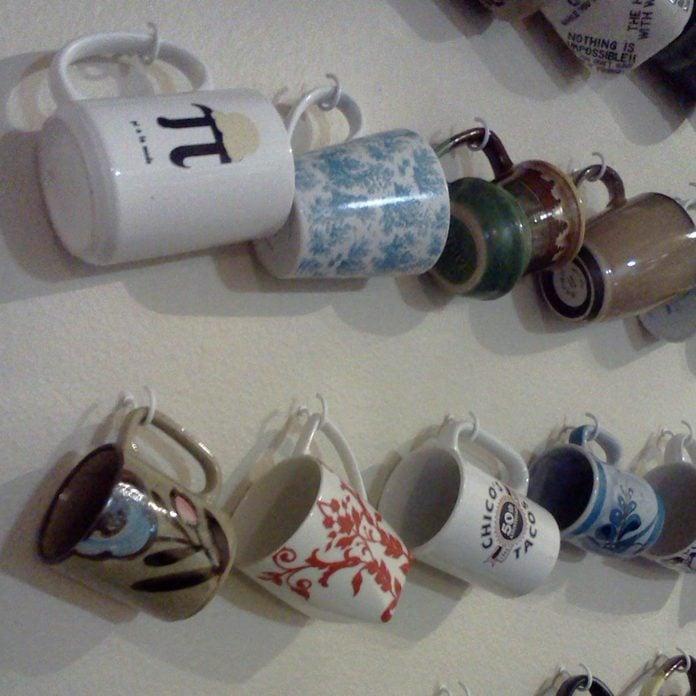 wall-hooks-for-coffee-mugs