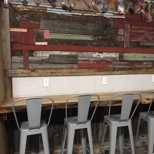 Reader Project: Artistic Work Station Built With Reclaimed Barn Wood