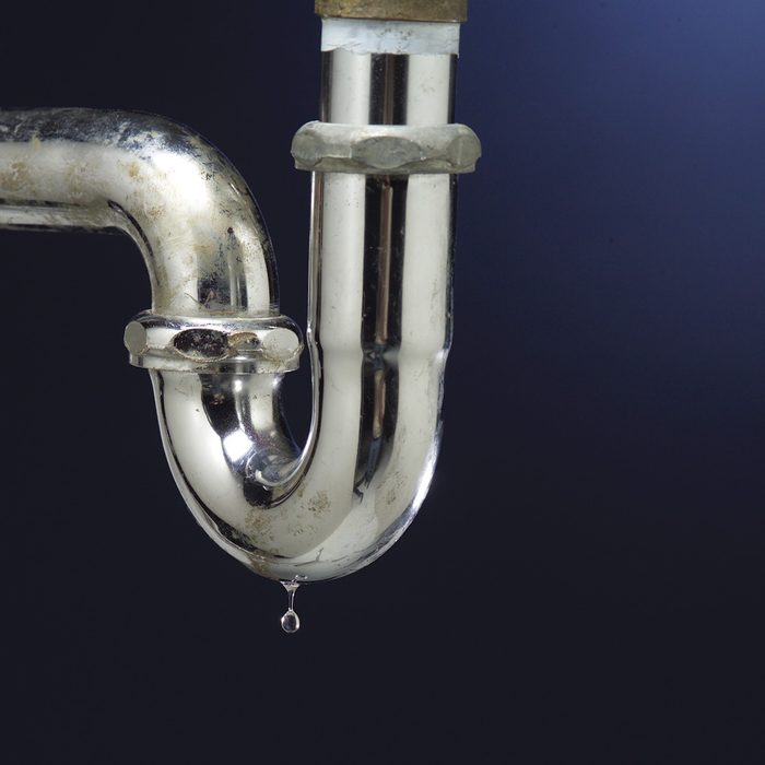 Fix Leaking Plumbing Pipes