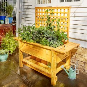 40 Outdoor Woodworking Projects for Beginners