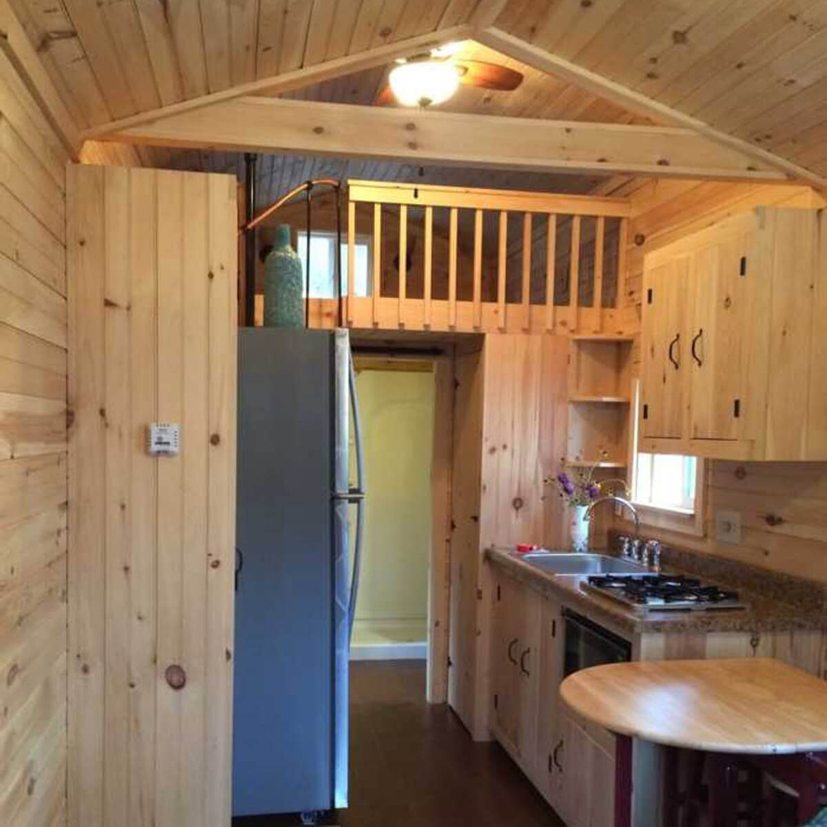 Astonishing Coolest Tiny Homes In Each State The Family Handyman Download Free Architecture Designs Ferenbritishbridgeorg