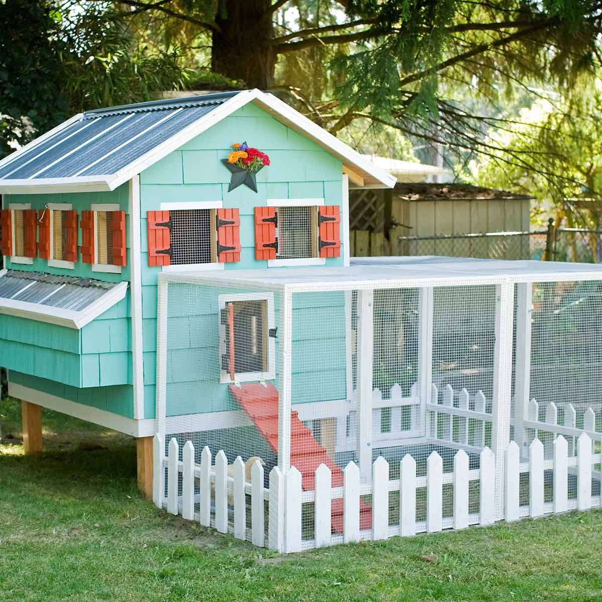 14 Backyard Chicken Coops — The Family Handyman