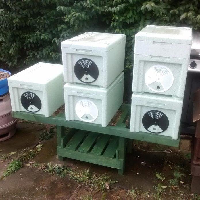 DIY Bee Hive Stand