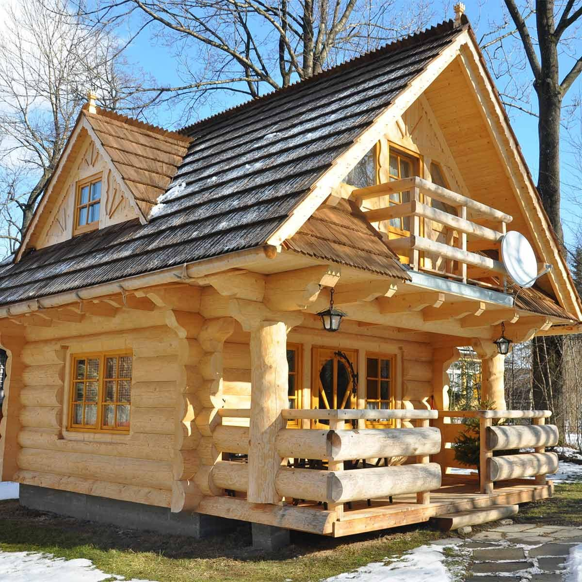 little-log-house
