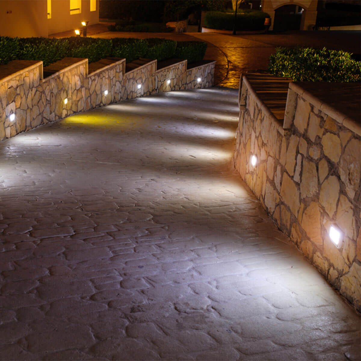 Here S What New In Outdoor Path Lights The Family Handyman