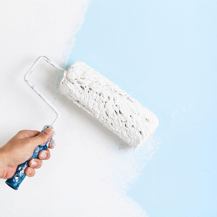 roller paint wall white