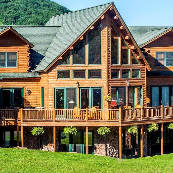 ultimate deck cabin