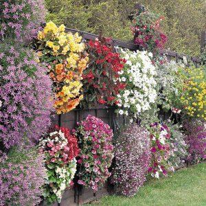 14 Inspiring DIY Flower Walls