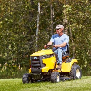 The Best Features in Lawn Tractors