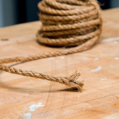 HH frayed rope ends