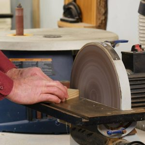 Two Tips for Dust-Free Disk Sanding