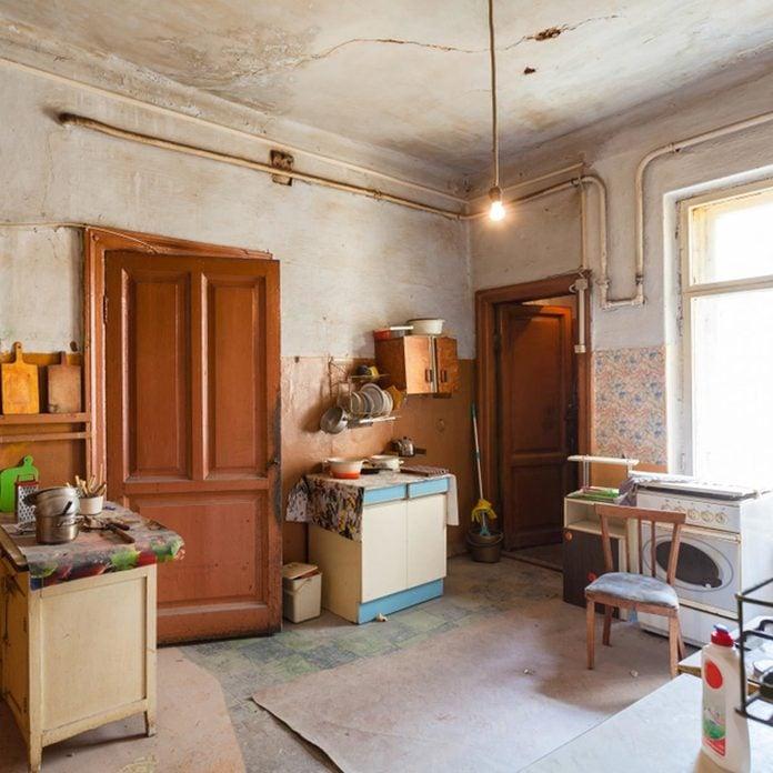 Create a Makeshift Kitchen Remodel Ways to save money