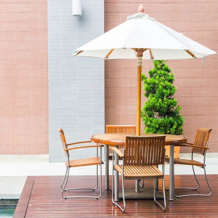 Patio furniture table and chairs