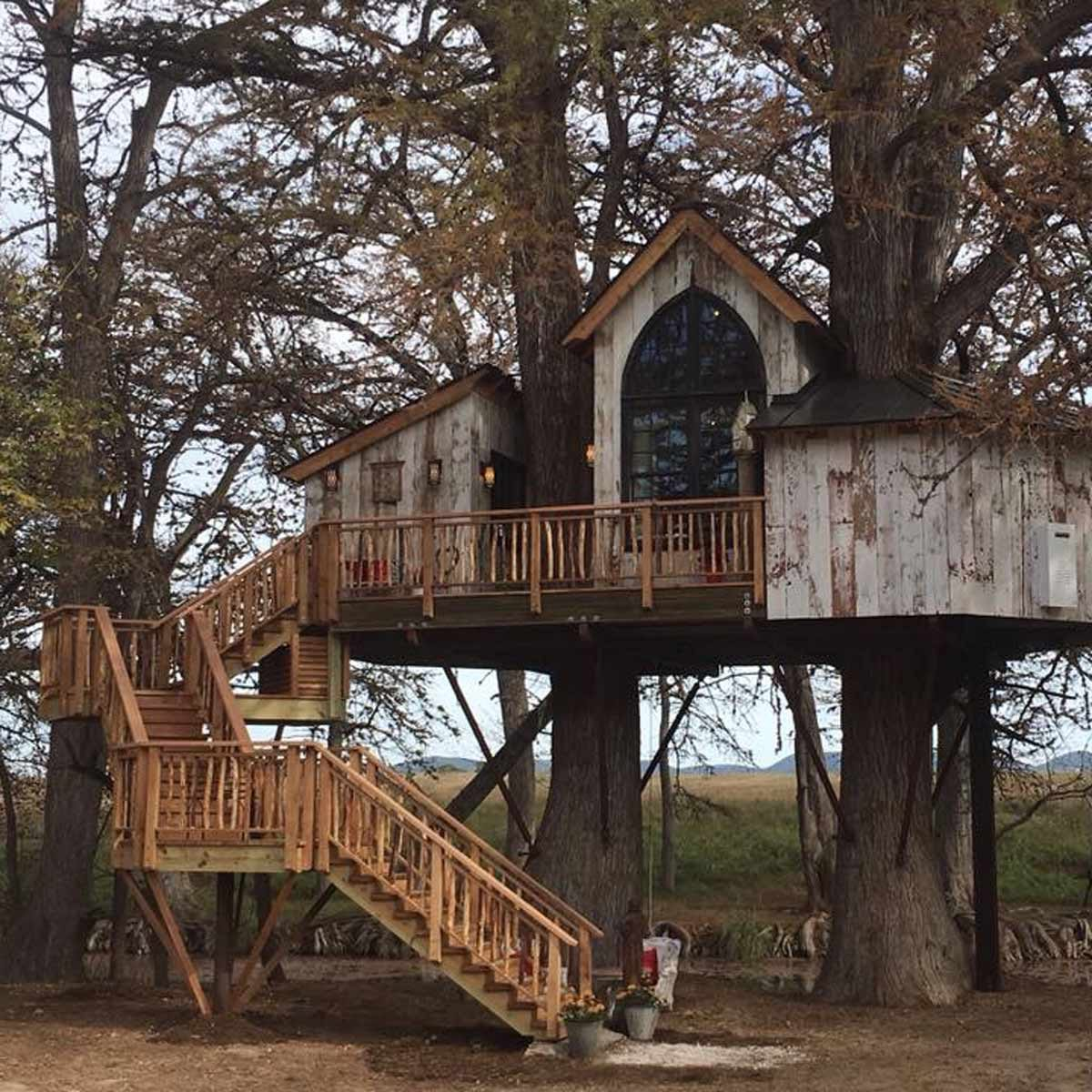 50 Diy Treehouses Made From Reclaimed Materials The