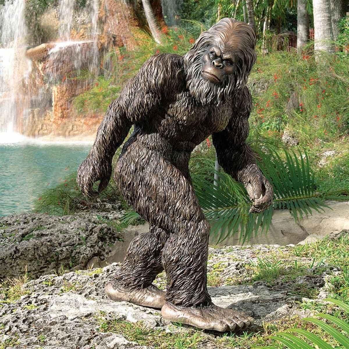 Big Foot Statue