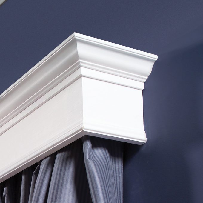 DIY dictionary Cornice