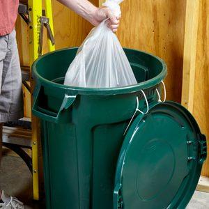zip tie garbage can lid