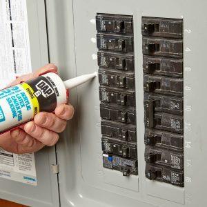 Easy-to-Read Circuit Breakers