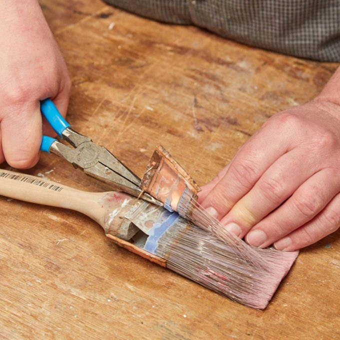 HH take apart old paint brush