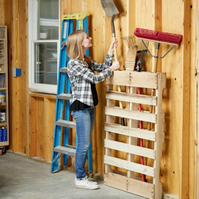 19 Cheap Garage Storage Projects You Can DIY