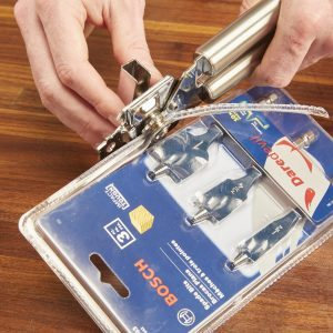 Clamshell Package Opener from Your Kitchen