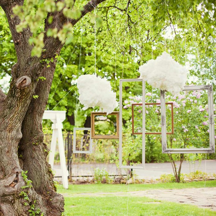 DIY wedding photo booth picture frames from trees