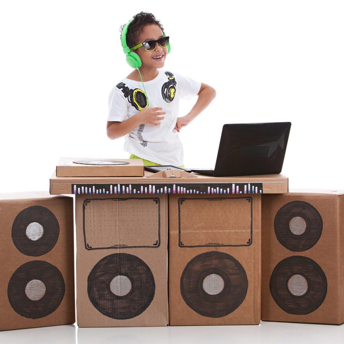 cardboard boxes play dj setup