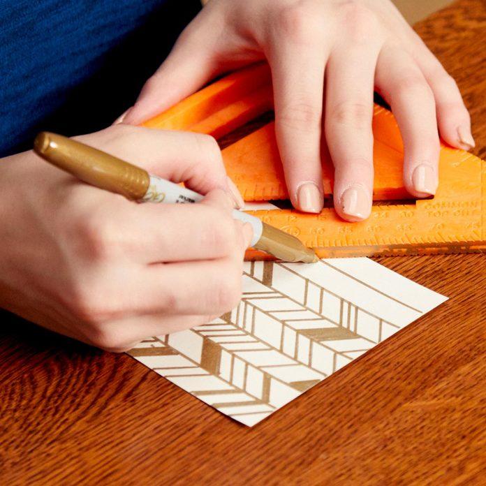 DIY-Art-herringbone-pattern
