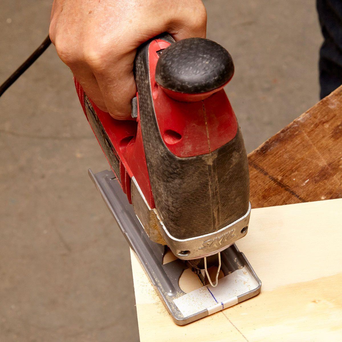 Proper hacksaw blade installation the family handyman greentooth Images