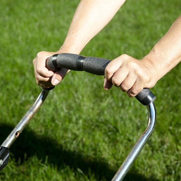 HH lawn mower grip