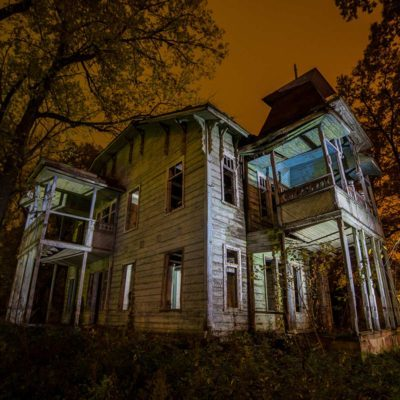 50 Abandoned Houses That Would Look Great Restored