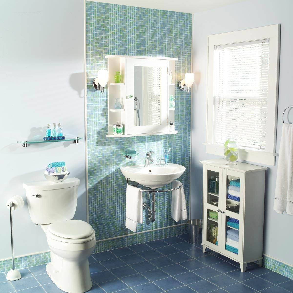 Small Bathroom Makeovers: 7 Before And After Bathroom Makeovers You Can Do In A