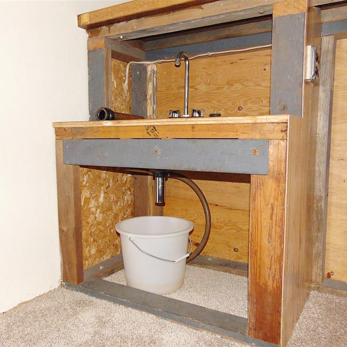 Avoid Kitchen Sink Blockage