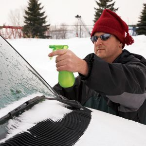Ice-Proof Car Windows With Stuff You Already Have at Home