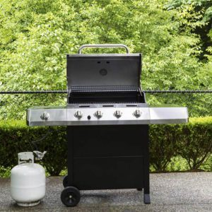 How to Reset the Propane Regulator on a Gas Grill
