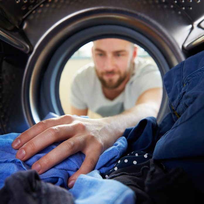 How to Fix a Stuck Zipper In the Laundry