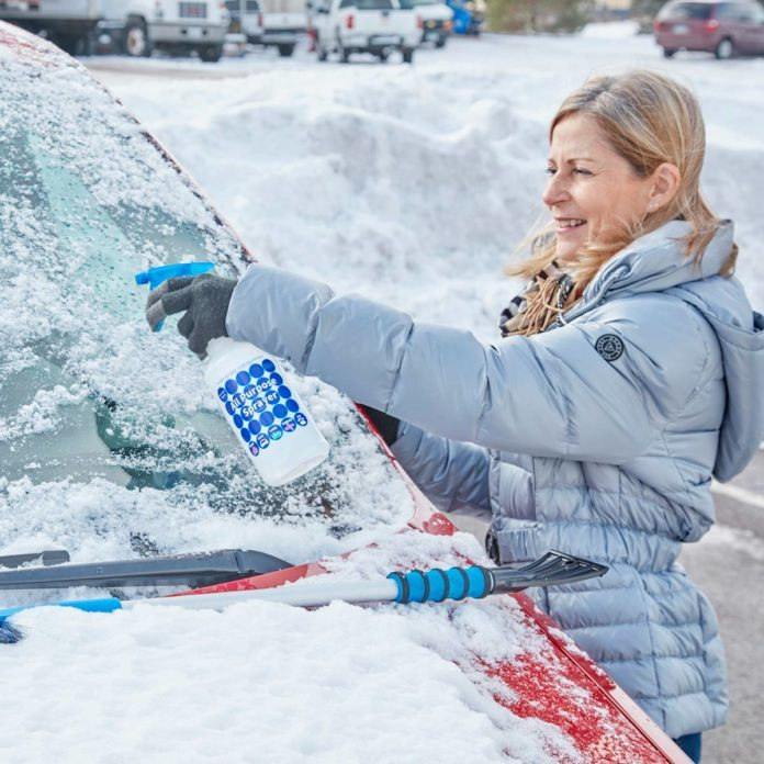 The One Thing You Should Keep in Your Car This Winter