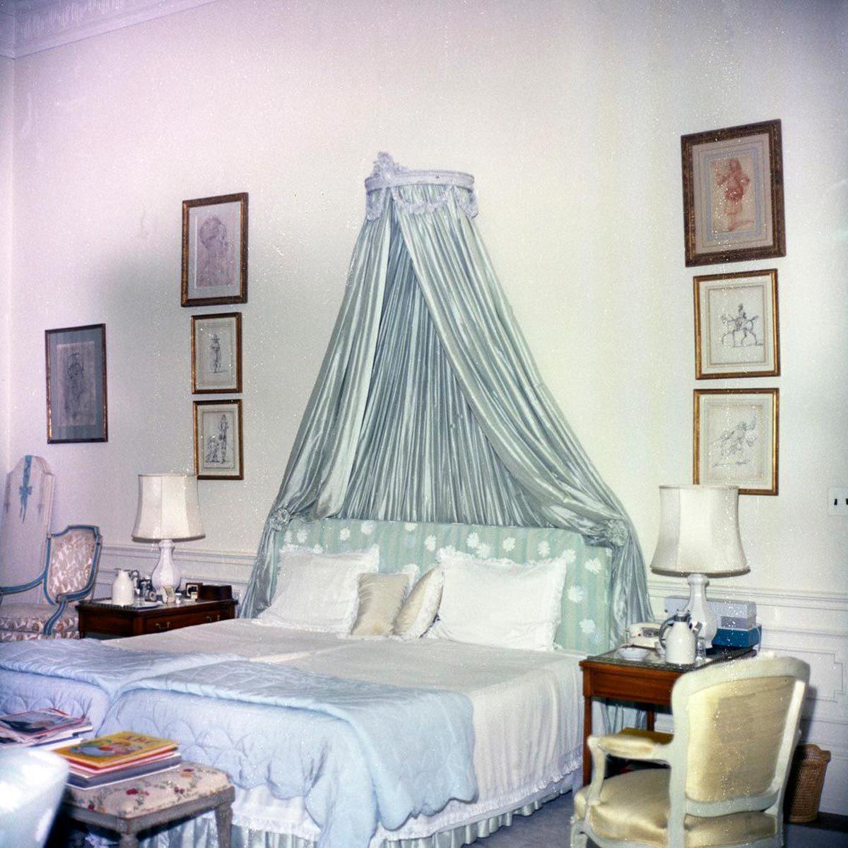 white house master bedroom