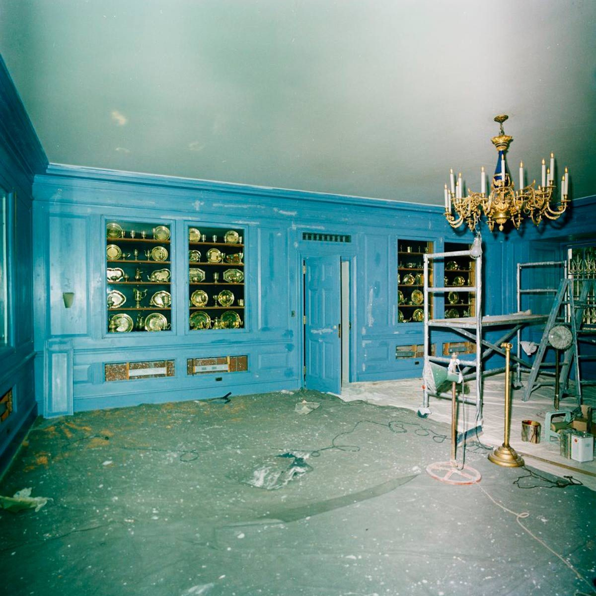The Incredible History of Jackie Kennedy\'s Decorating of the White ...