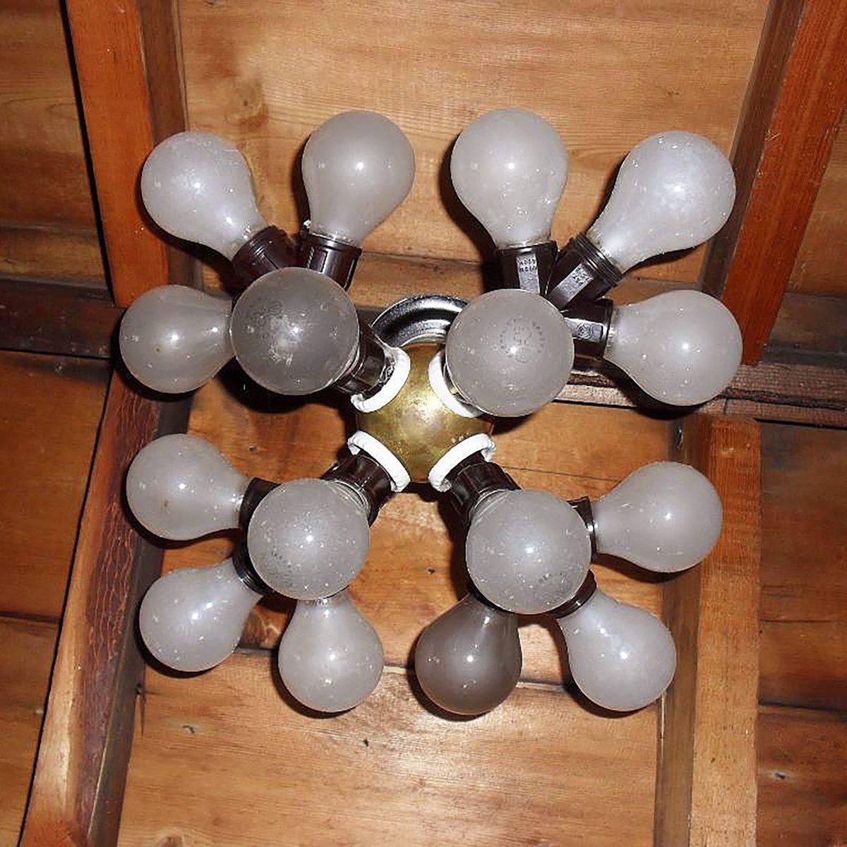 A ball of light bulbs | Construction Pro Tips