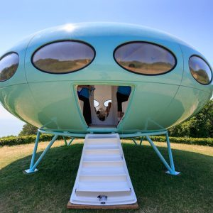 28 Houses That Will Make You Think an Extraterrestrial Lives There