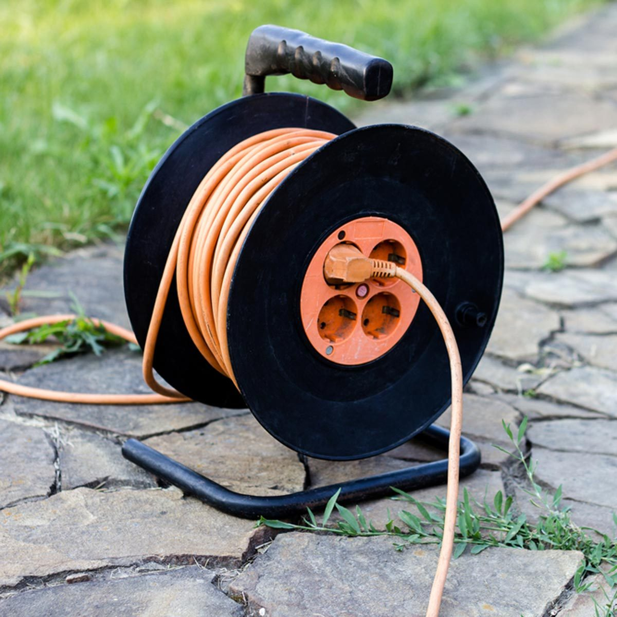 this nifty trick will fix an extension cord for only $4