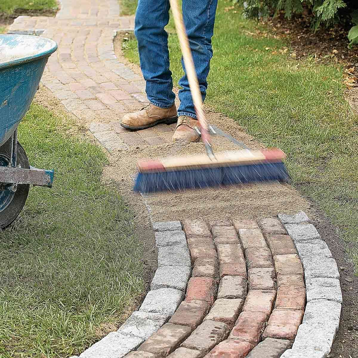 Making A Wonderful Garden Path Ideas Using Stones: Build A Brick Pathway In The Garden