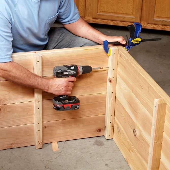 screw box together planter